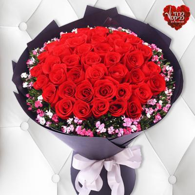 חנות פרחים בפתח תקווה זר ורדים אדומים