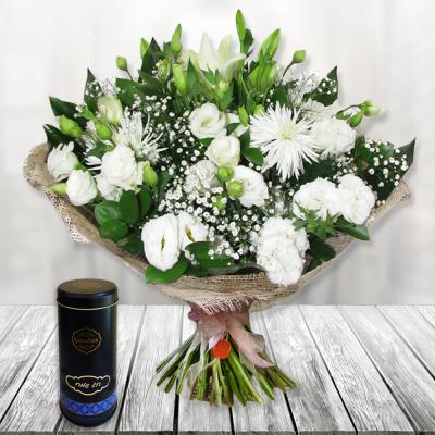 משלוחי פרחים פתח תקווה,זר לבן ומסוגנן