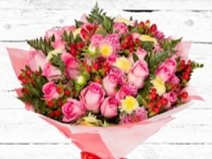 זרי פרחים ליולדת